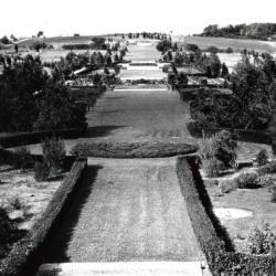 View of Hedge Garden before pillars