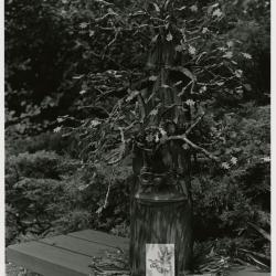 Family Fair: Morton W. Oak sculpture on bench