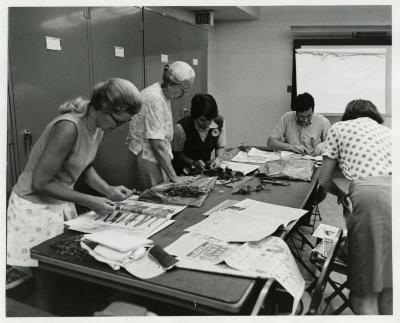 Cathy Ciolac assisting student in Herbarium Techniques class