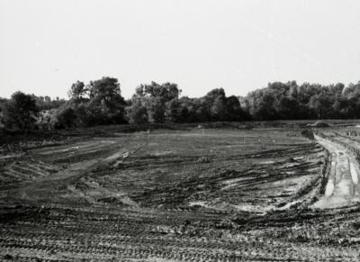 Arbor Lake construction, beginning of excavation