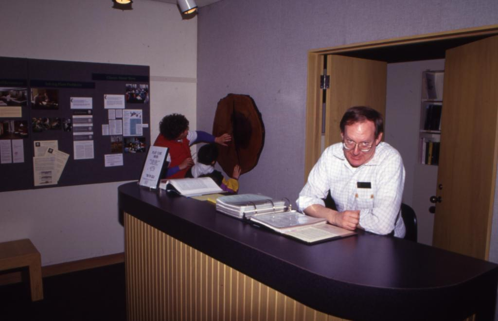 Ed Hedborn at Plant Clinic desk