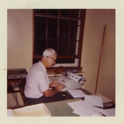 Walter Eickhorst at desk