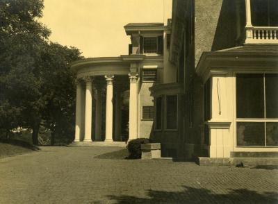 Arbor Lodge, side view of rotunda portico