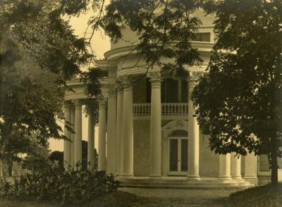 Arbor Lodge, close view of rotunda portico