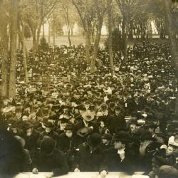 Memorial dedication in honor of J. Sterling Morton at Arbor Lodge, view of large crowd from podium