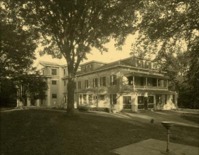 Arbor Lodge album: side view of house exterior