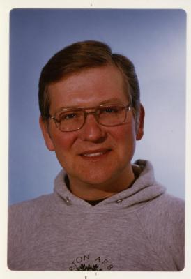 Craig Johnson, headshot