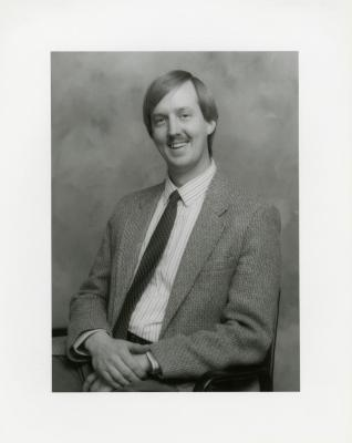 Rick Hootman, seated portrait
