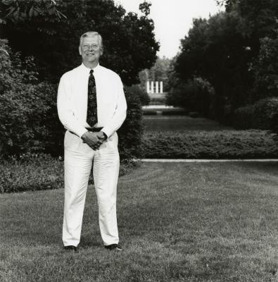 Craig Johnson, portrait, Four Columns in background