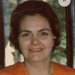 Maxine Hinton, headshot