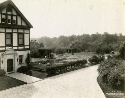 Morton Residence at Thornhill, exterior, beginning library wing construction