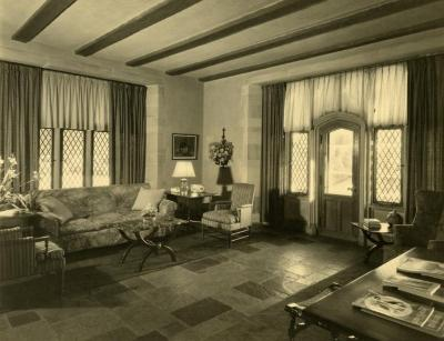 Morton Residence at Thornhill, first level reception room