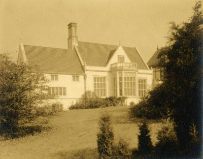 Morton Residence at Thornhill, exterior, view outside library
