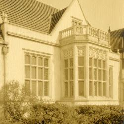 Morton Residence at Thornhill, exterior, library windows