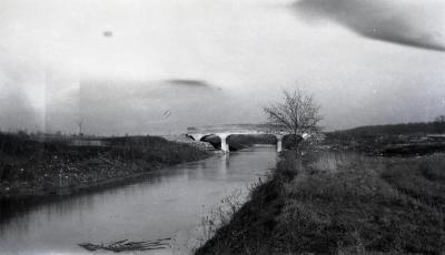 DuPage River looking northeast with bridge in distance