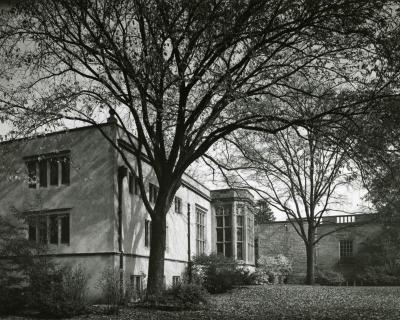 Thornhill Education Center, exterior, depicting Founder's Room bay