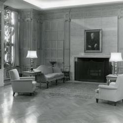 Founder's Room, fireplace seating area