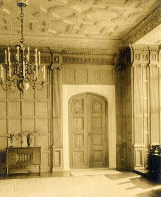 Morton Residence at Thornhill, library doorway