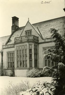 Morton Residence at Thornhill, library south side exterior in winter