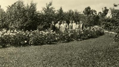 Mrs. Joy Morton and friends, in peony gardens near Thornhill residence