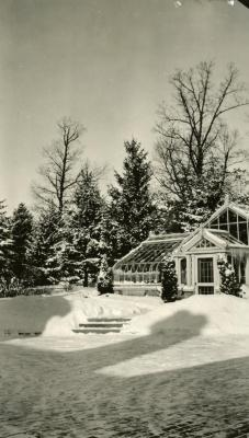 Morton Residence at Thornhill, greenhouse in winter