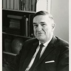 Lowell Kammerer, seated portrait