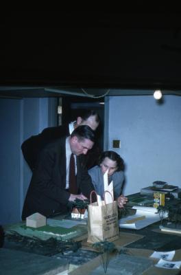 Lowell Kammerer instructing Arboretum landscape class