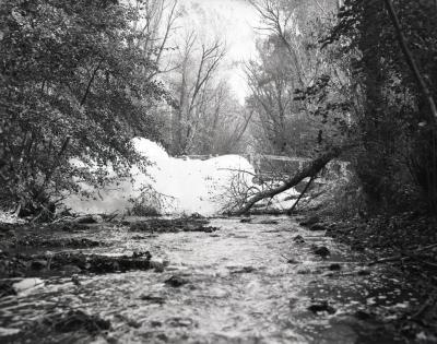 DuPage River foam at sluice gates and footbridge