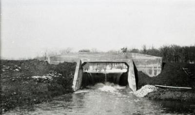 Lake Marmo bridge and dam