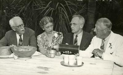 Jean Morton Cudahy and other speakers at Annual Meeting, Fairchild Tropical Garden