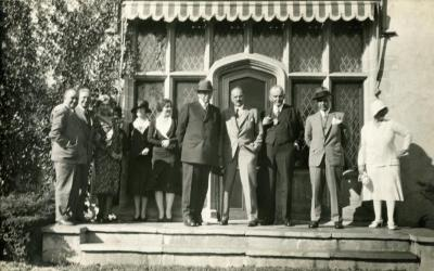 Joy Morton September 27, 1930 photo album: Joy Morton standing with group in front of Thornhill residence