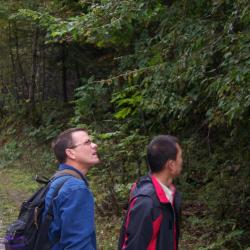 Kris Bachtell plant hunting in China