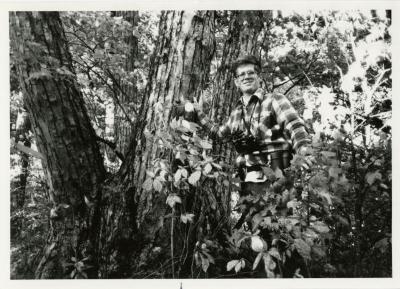 Peter van der Linden with tree during China Expedition