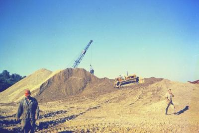 Arbor Lake excavation, men at work with equipment