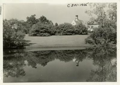 Morton Residence at Thornhill, view of house and lawn from upper pond