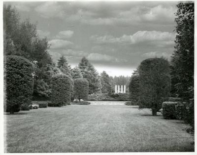 View from Hedge Garden toward pillars above the first set of limestone steps