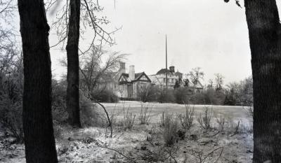 Morton Residence at Thornhill, south view in winter